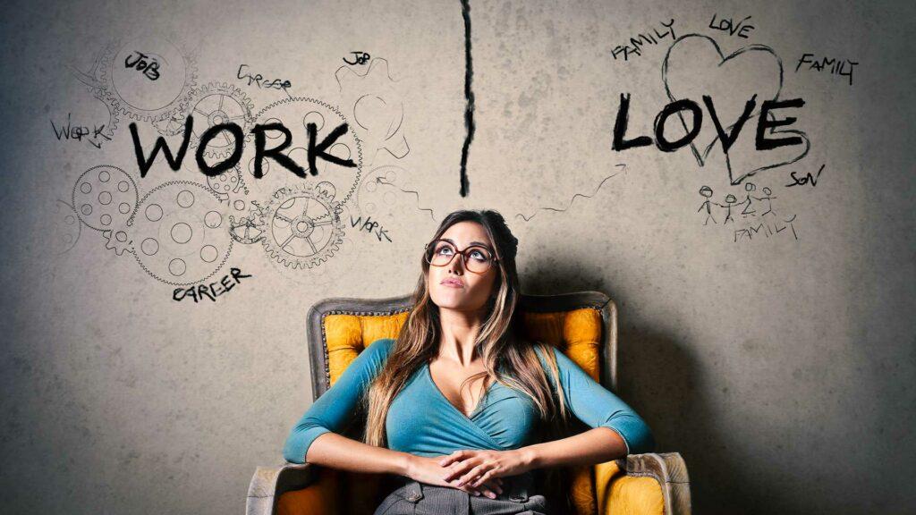 Zeitarbeit Vorteile nachdenkliche Frau